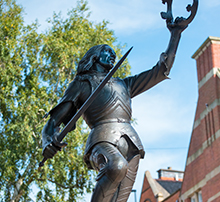 Statue of King Richard III in Leicester city centre