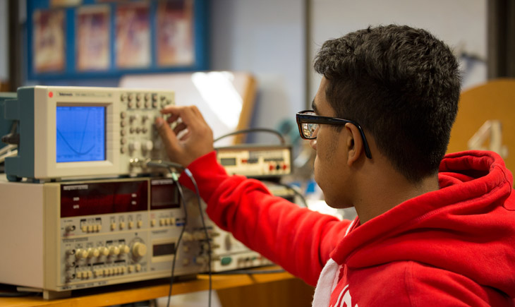 Best electronic engineering course to do out of university?