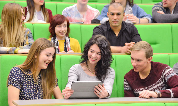 Students in the lecture theatre at Brookfield Postgraduate Teaching Cetnre