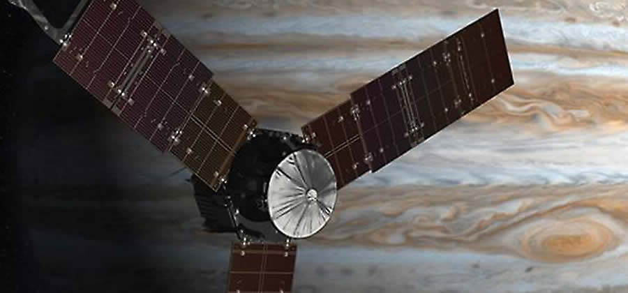 juno spacecraft orbiting planet jupiter
